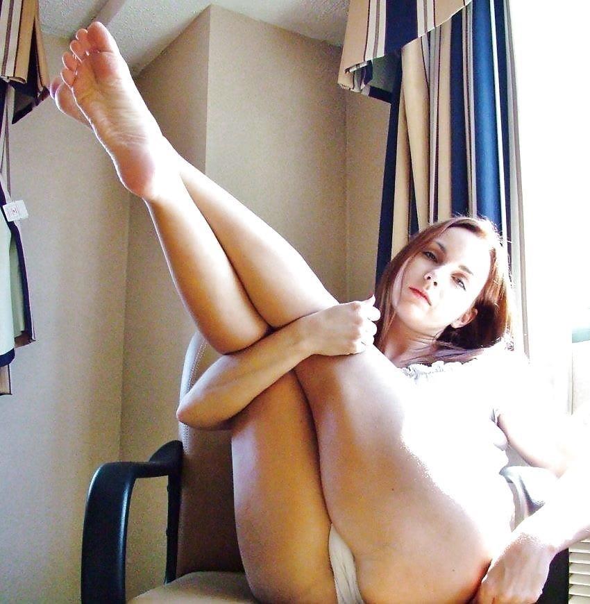 Nylon feet arab-1327
