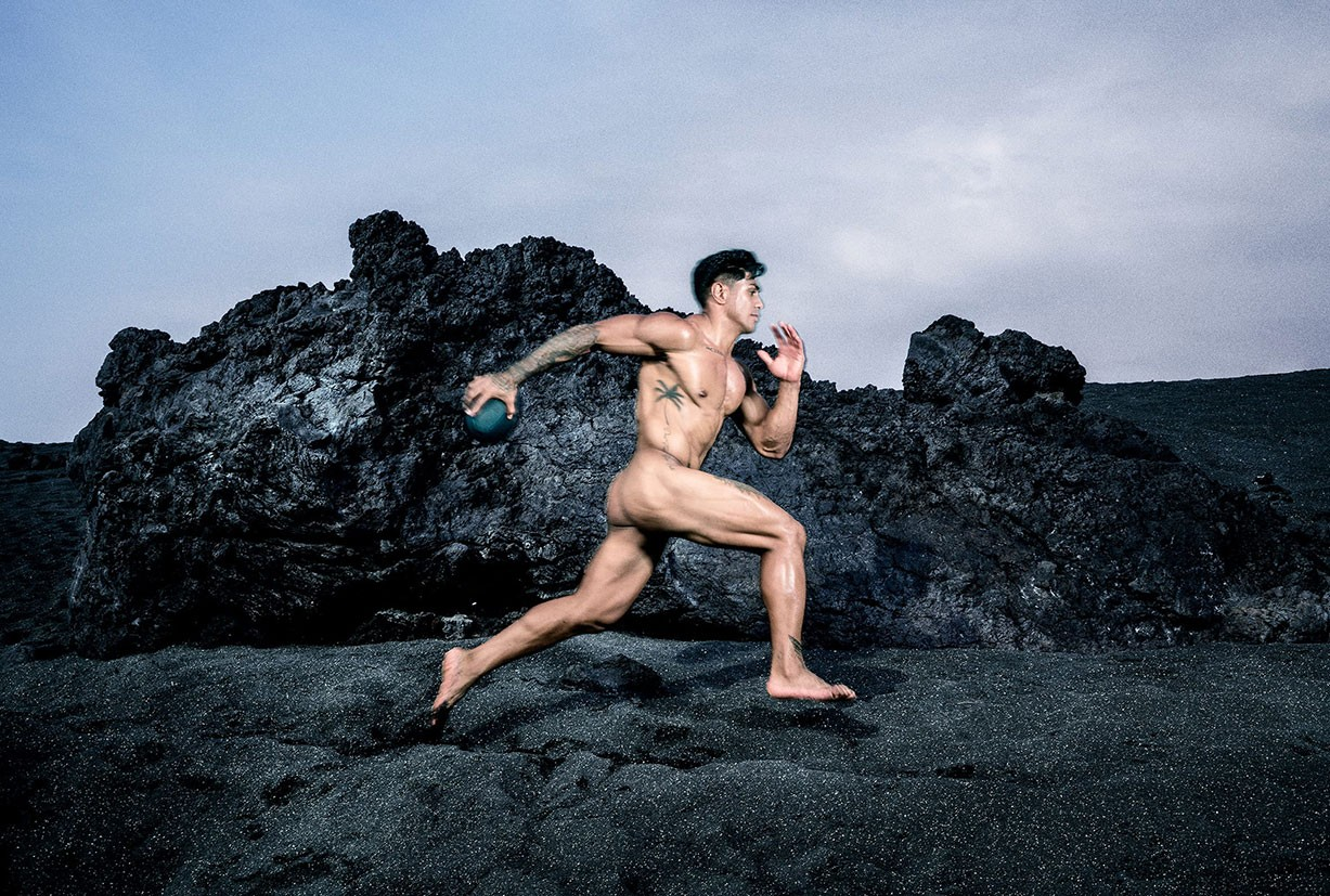 Malakai Fekitoa - ESPN The Body Issue 2017 / photo by Benedict Evans