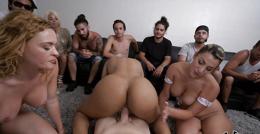 Group casting porn-2917