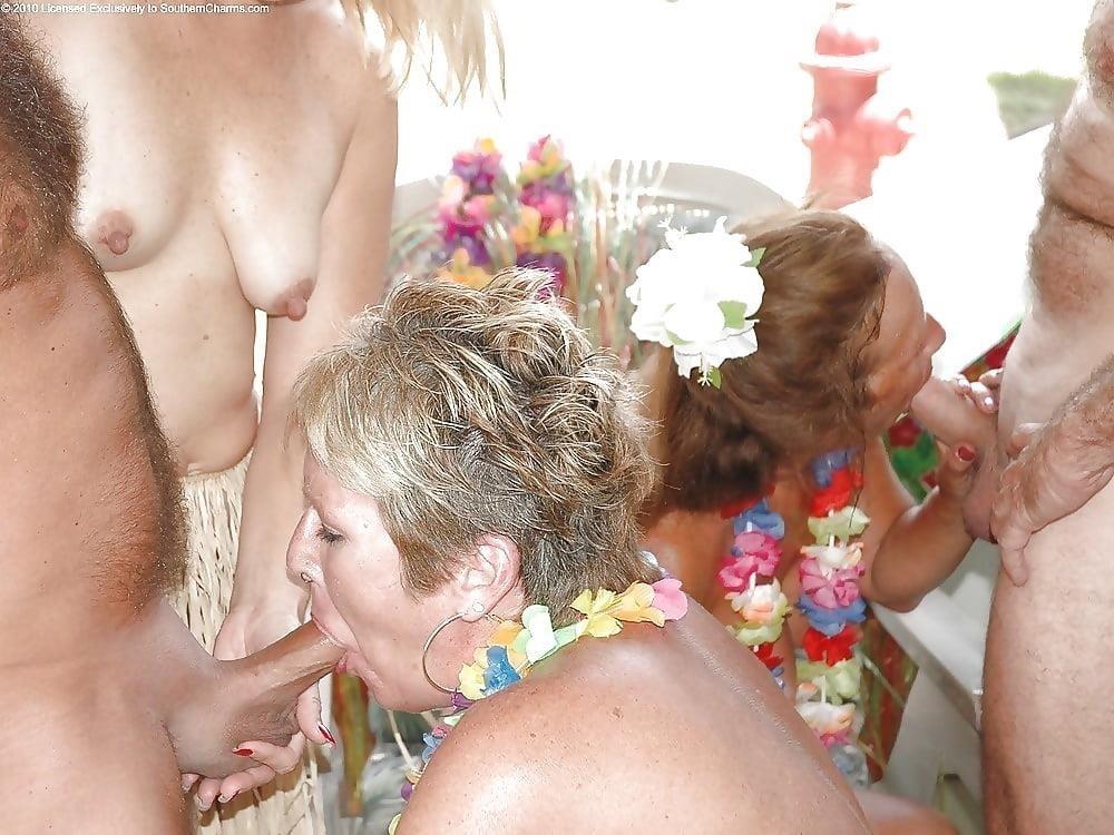Swingers orgies 9-9204
