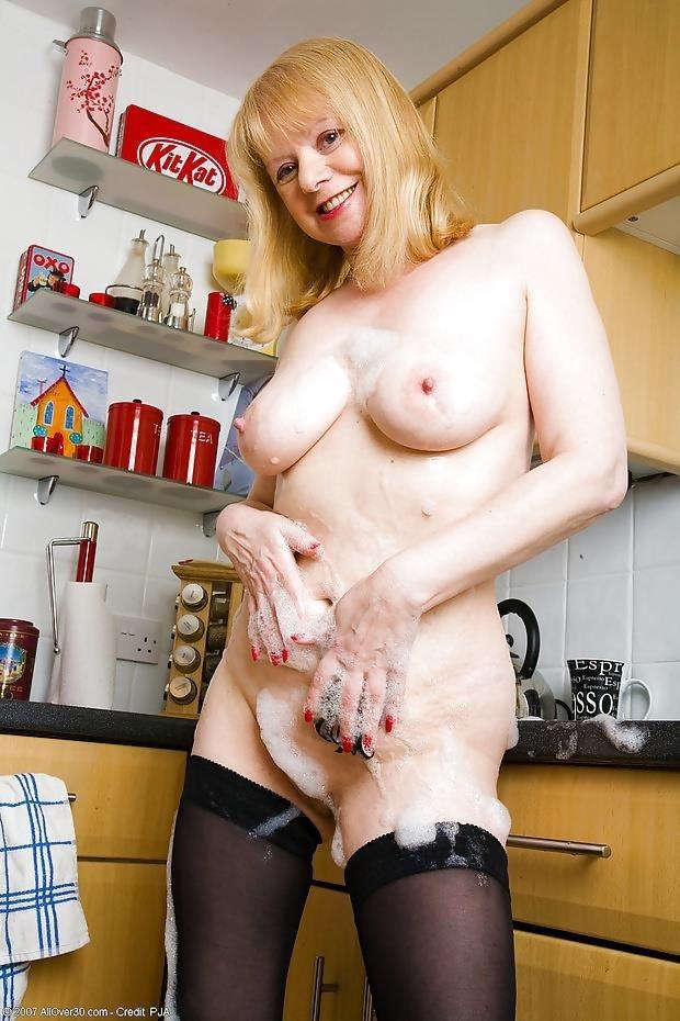 British mature porn models-5817