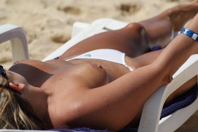Bikini milf nude-4858