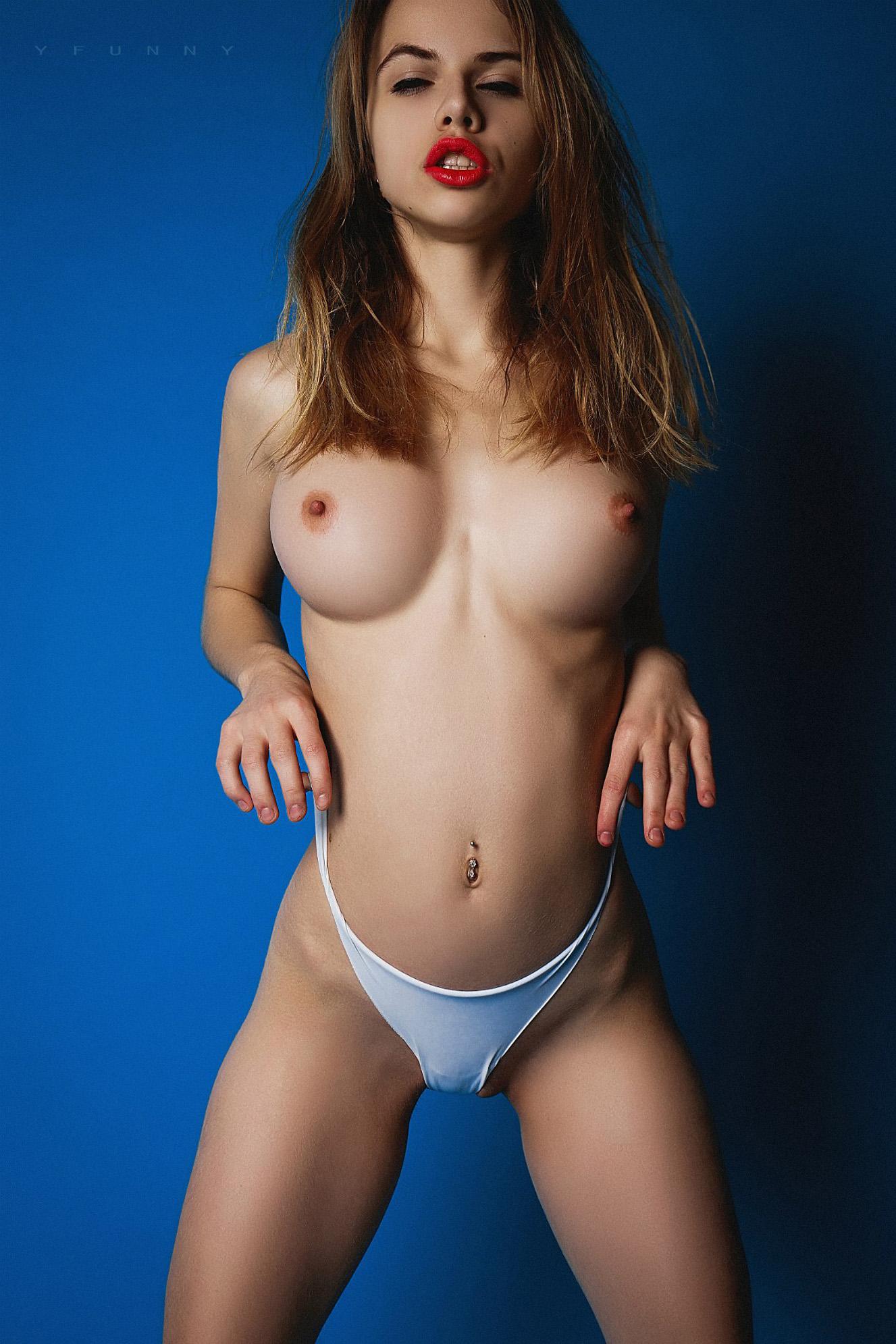 Alexandra Smelova nude by Nikolay Khvatov