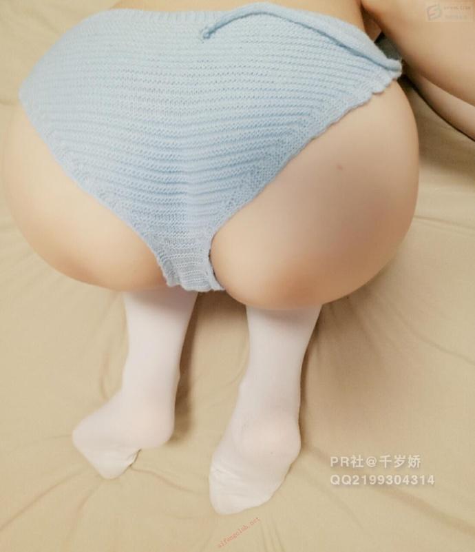 千岁娇-白丝连体毛衣原来是这样的
