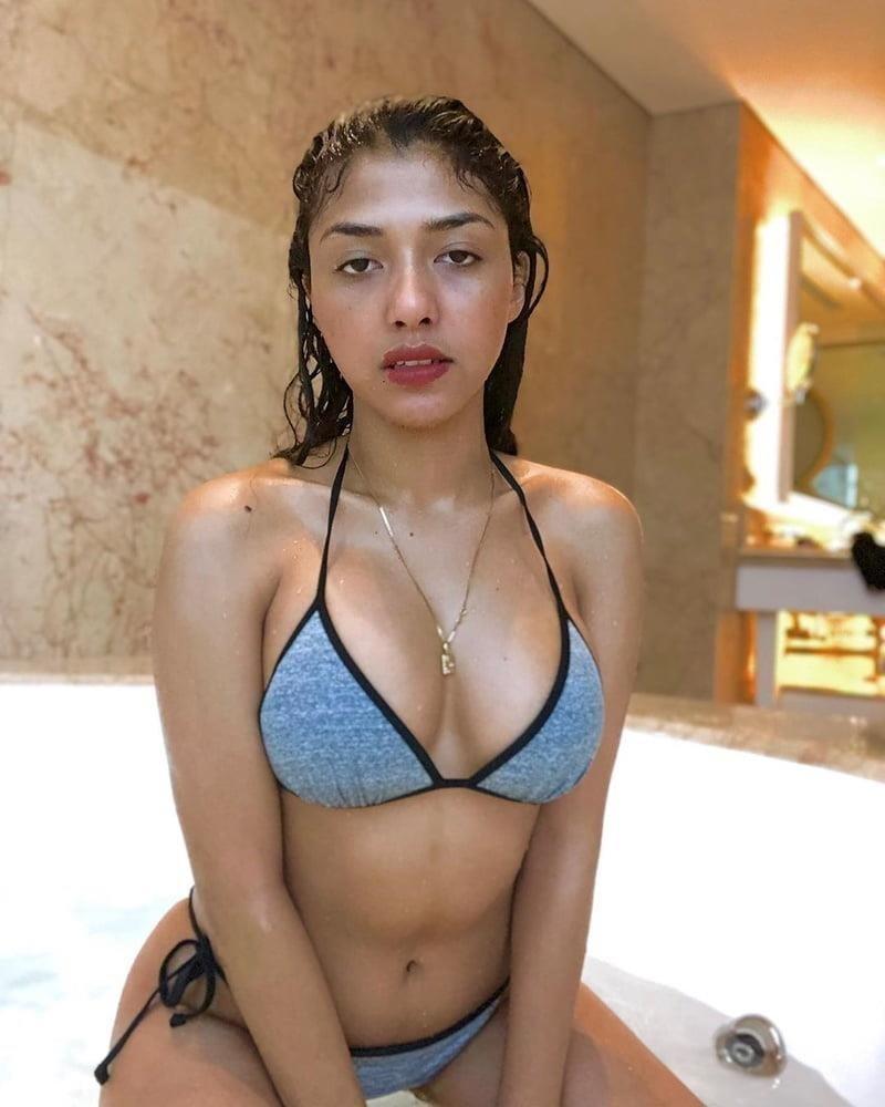 Hd big boobs pic-7485