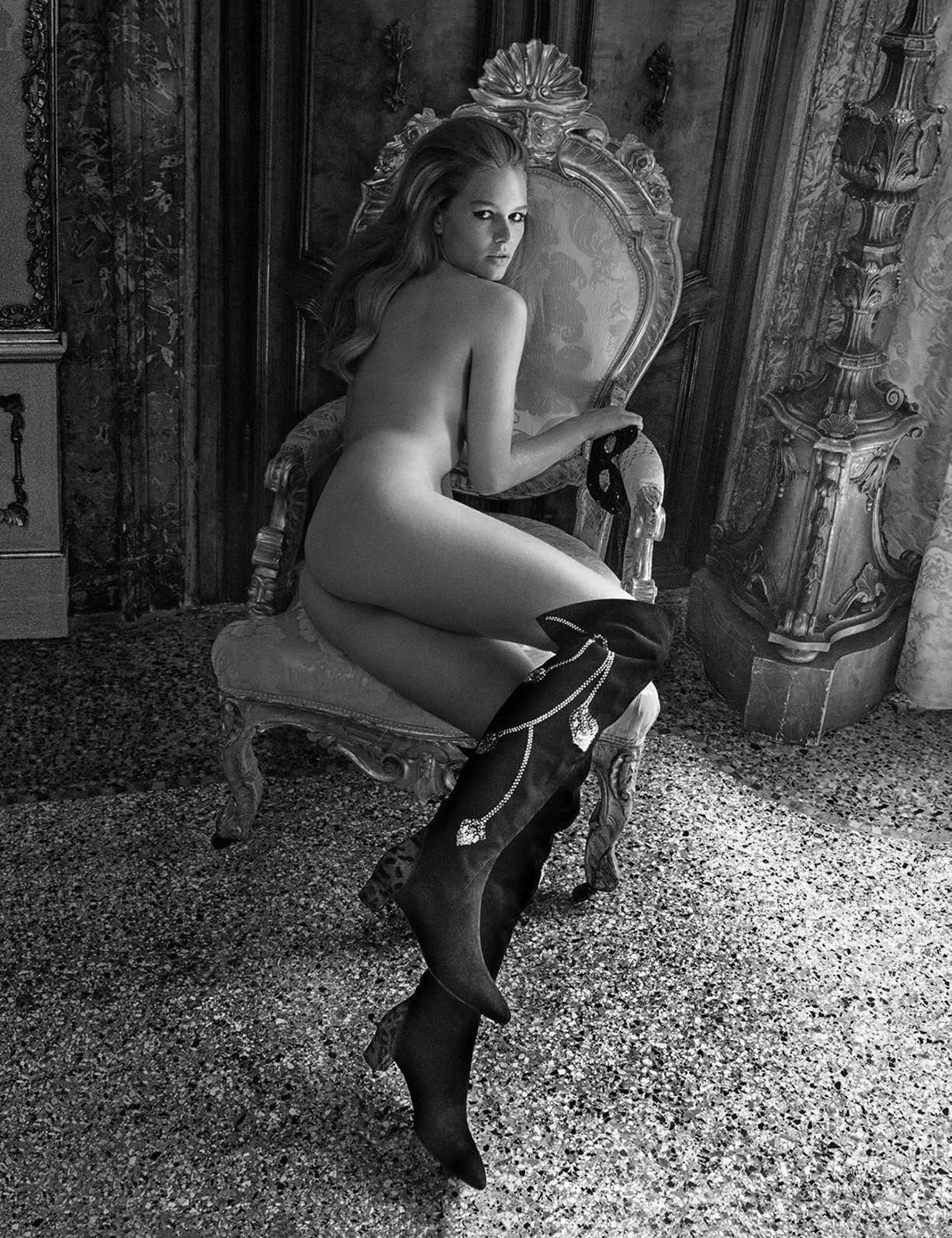 Венецианский шик с Анной Эверс / Anna Ewers by Inez van Lamsweerde and Vinoodh Matadin - Vogue Paris november 2017