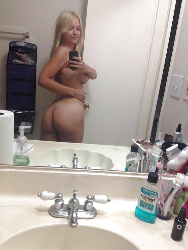 Sarah vandella naked selfie-7884