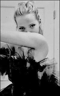 Scarlett King