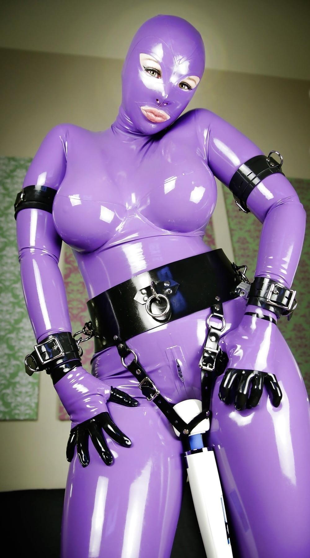 Bondage latex doll-9447
