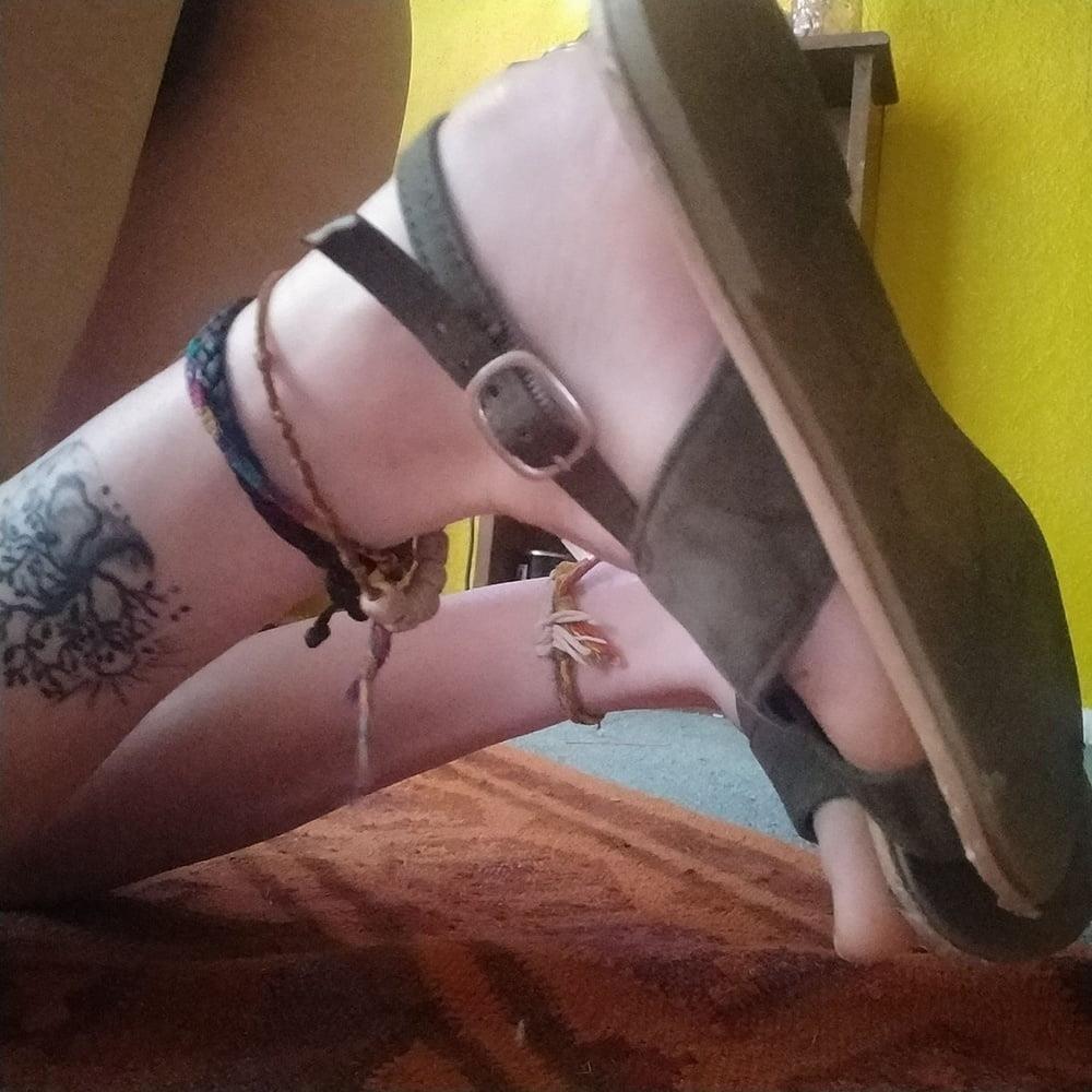 Little feet fetish-4215