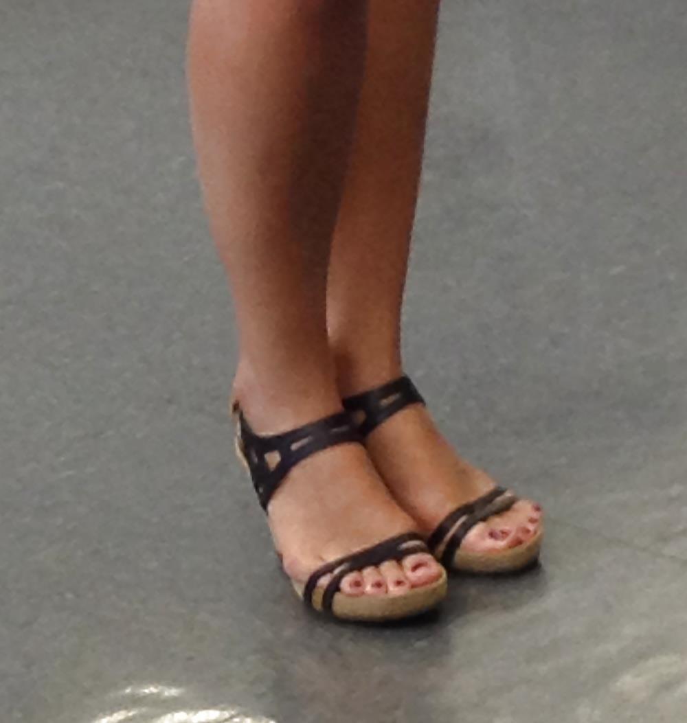 Long toes foot fetish-5487
