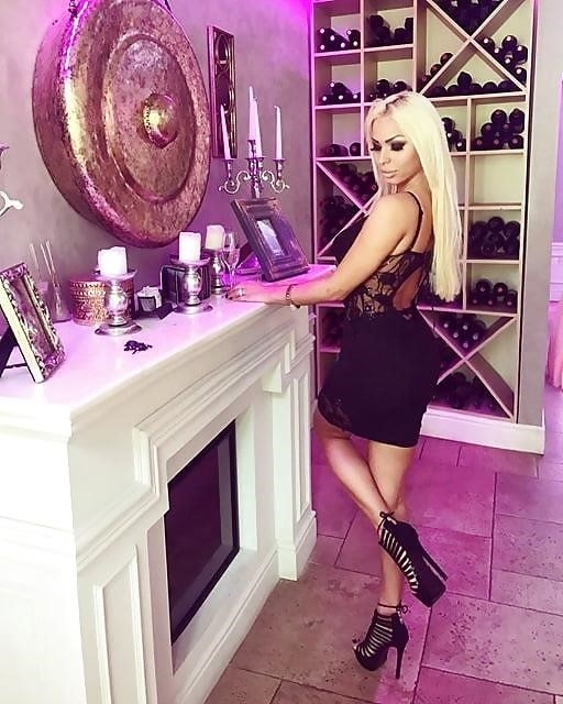 Super sexy blonde porn-1247