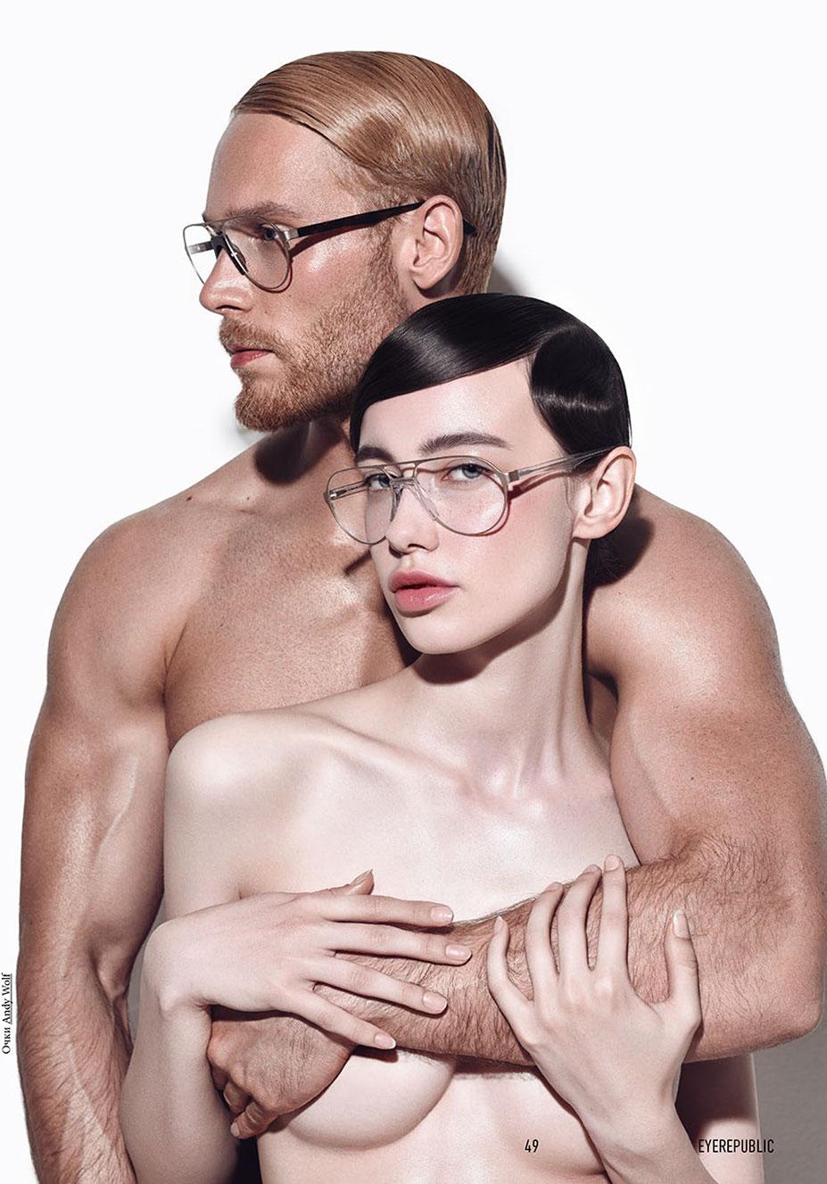 Голые девушки в очках / фото 07