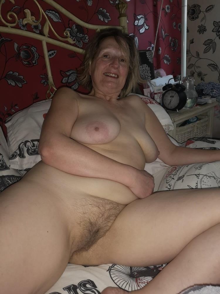 Cunnilingus with wife-4500