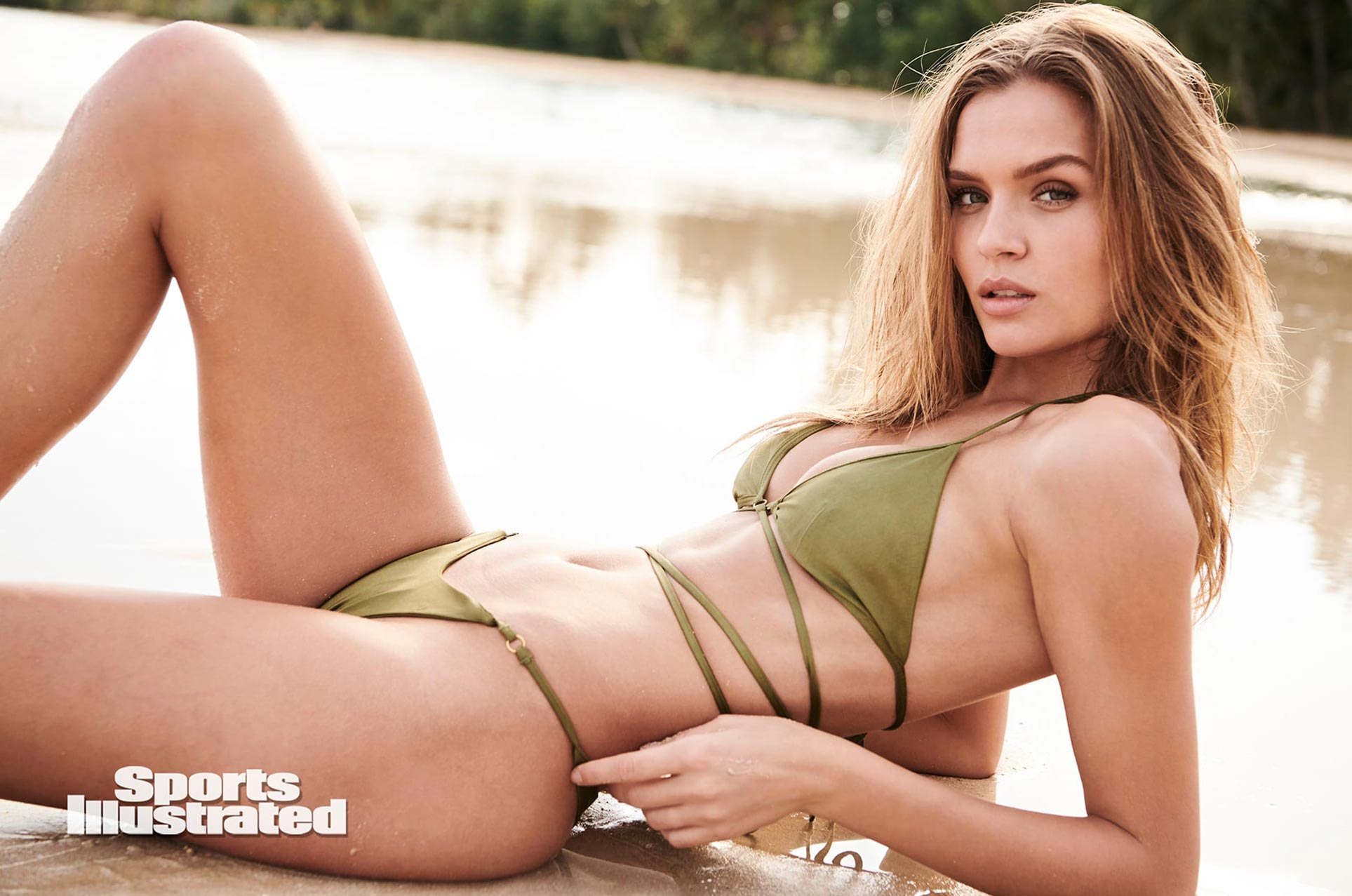 Жозефин Скривер в каталоге купальников Sports Illustrated Swimsuit 2020 / фото 16