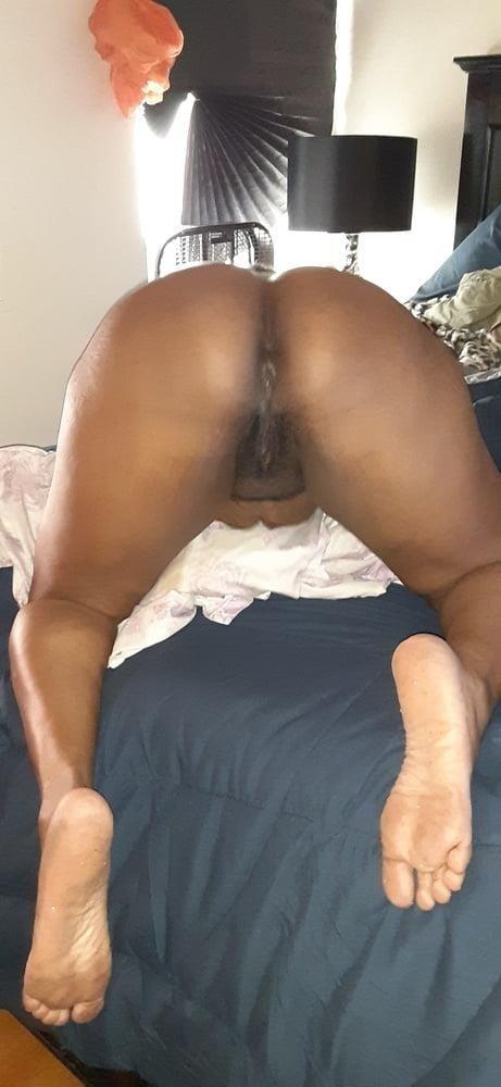 Ebony caught porn-1976
