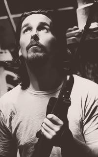 Christian Bale - Page 2 WPbknCc0_o