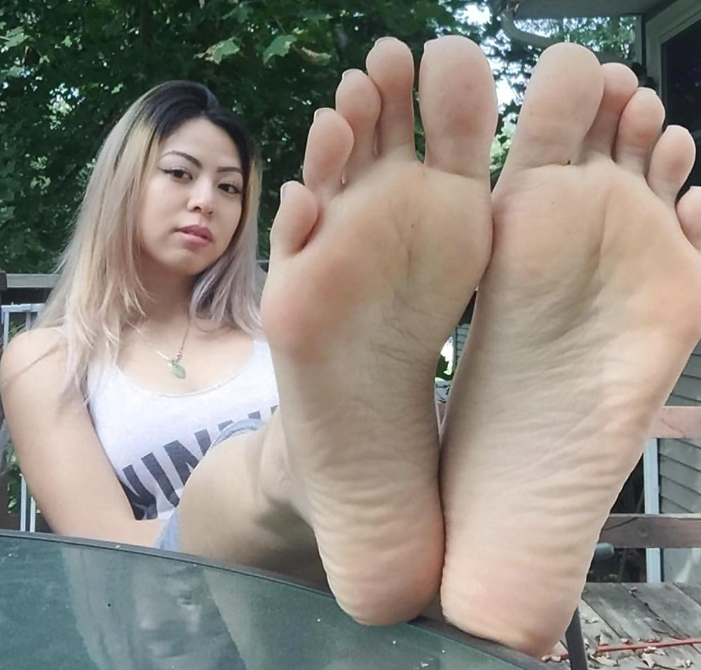 Asian toes porn-1984