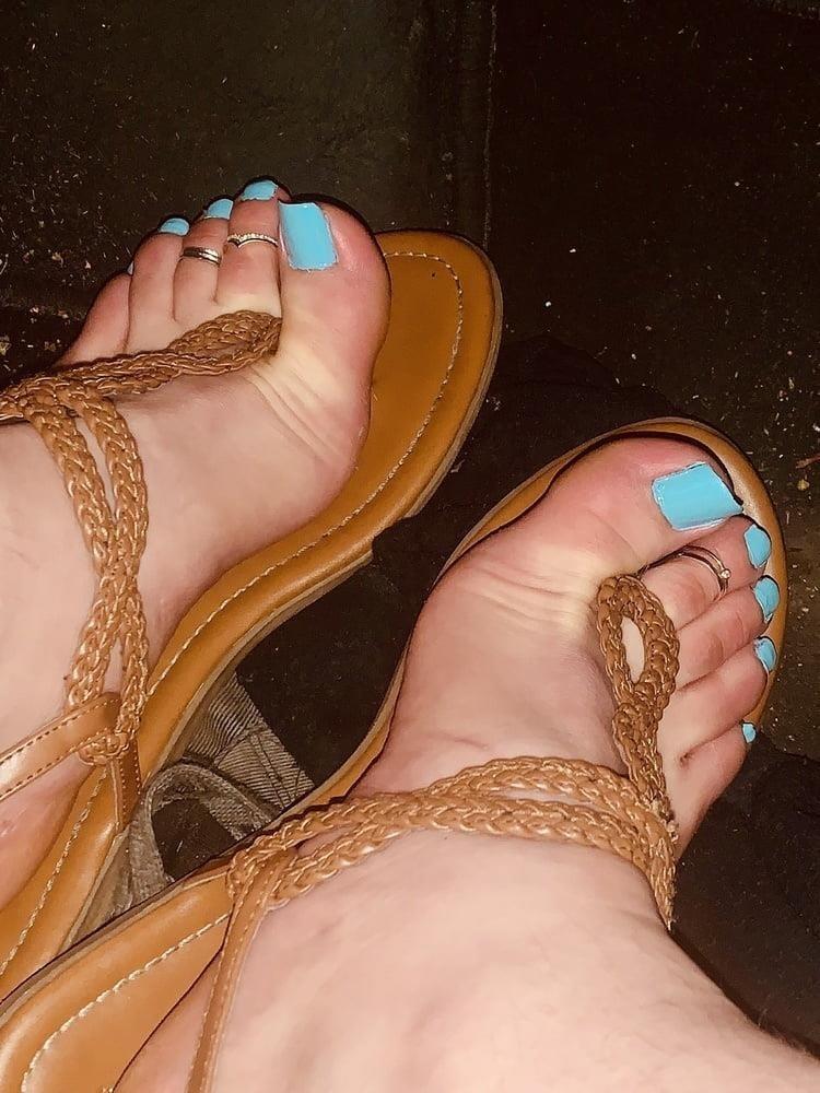 Polish feet slave-4151