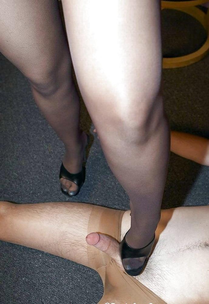 Ladies foot sex-9687