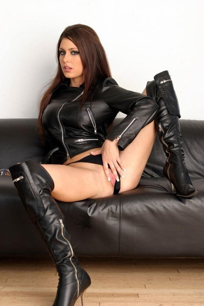 Women in leather porn-1211