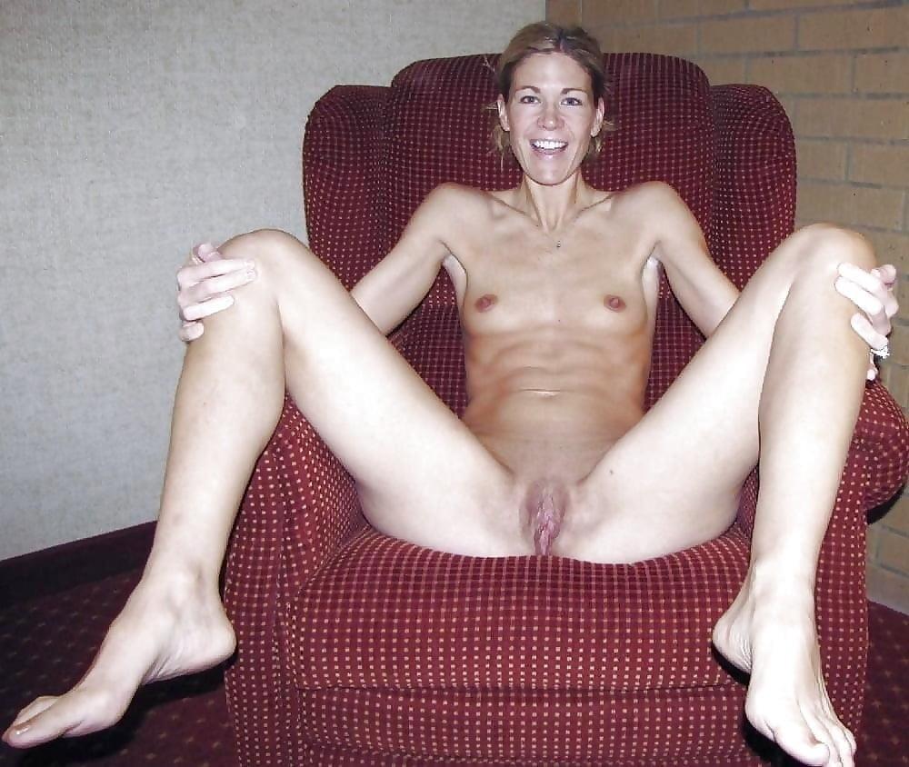 Lovely naked milfs-4076