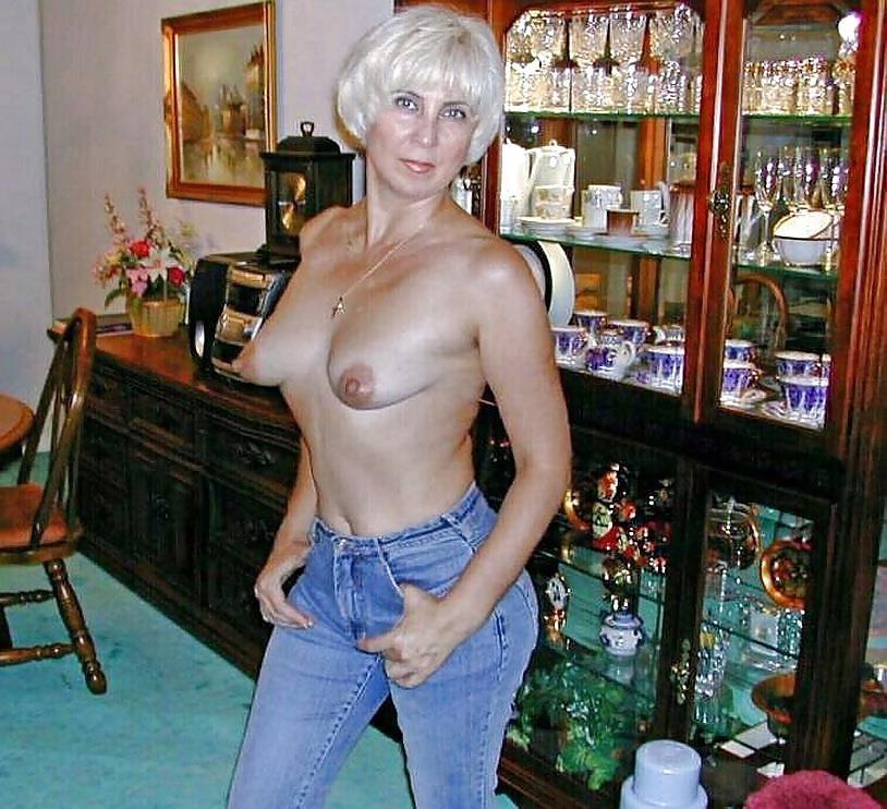 Short hair mature nude-3532
