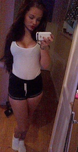 Babe selfie nude-9352