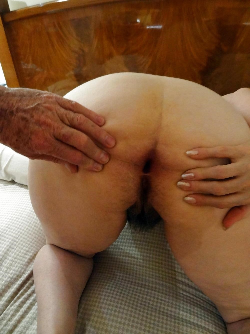 Amateur hairy wife pics-9658