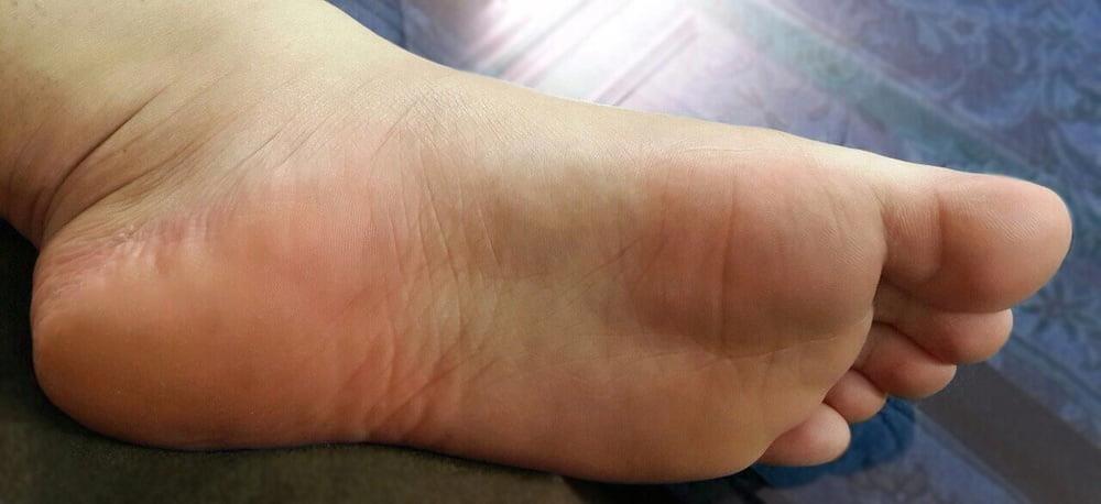 Iranian feet fetish-3847