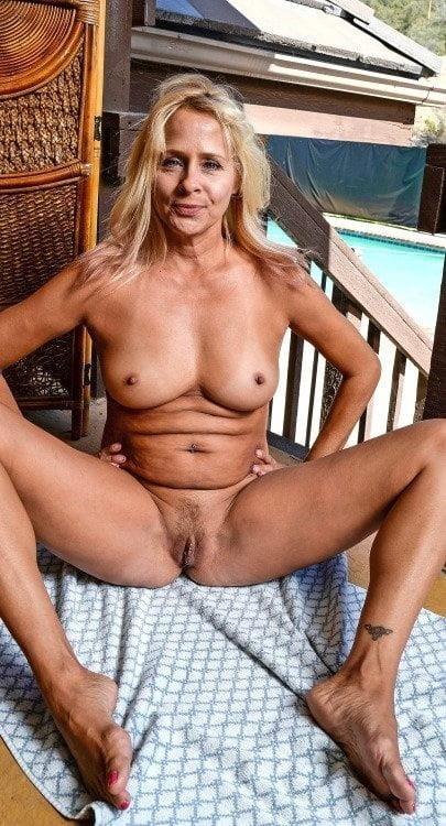 Mature women boobs pics-5366