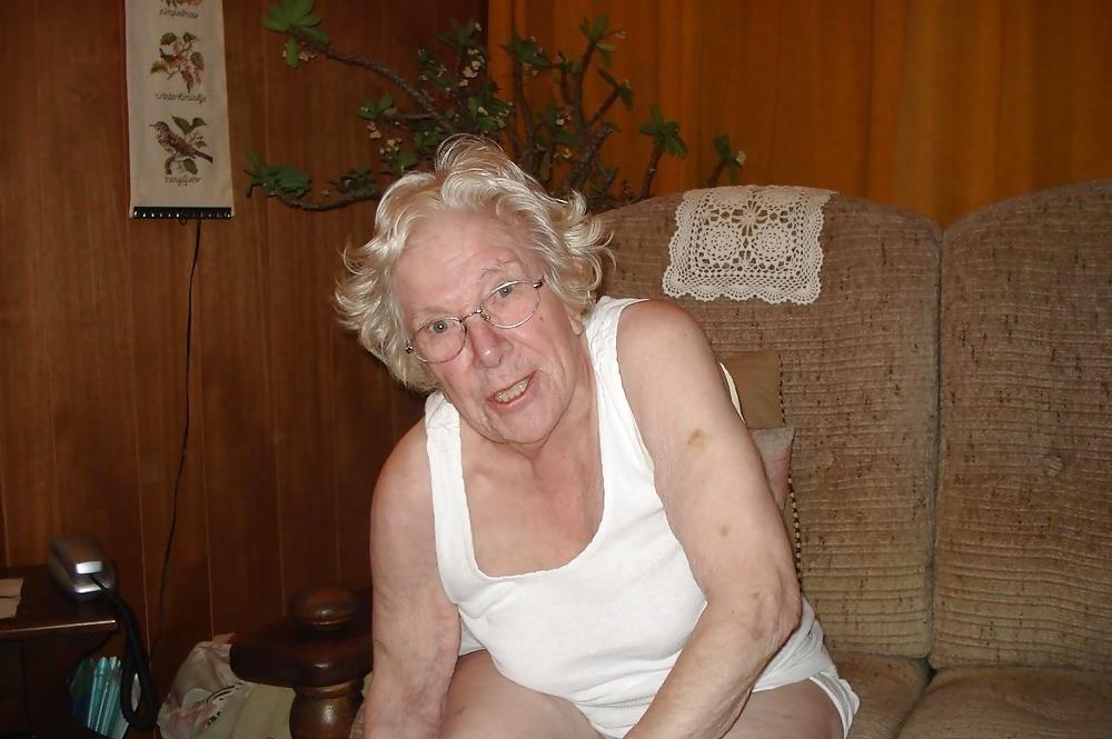 Chubby old granny porn-2057