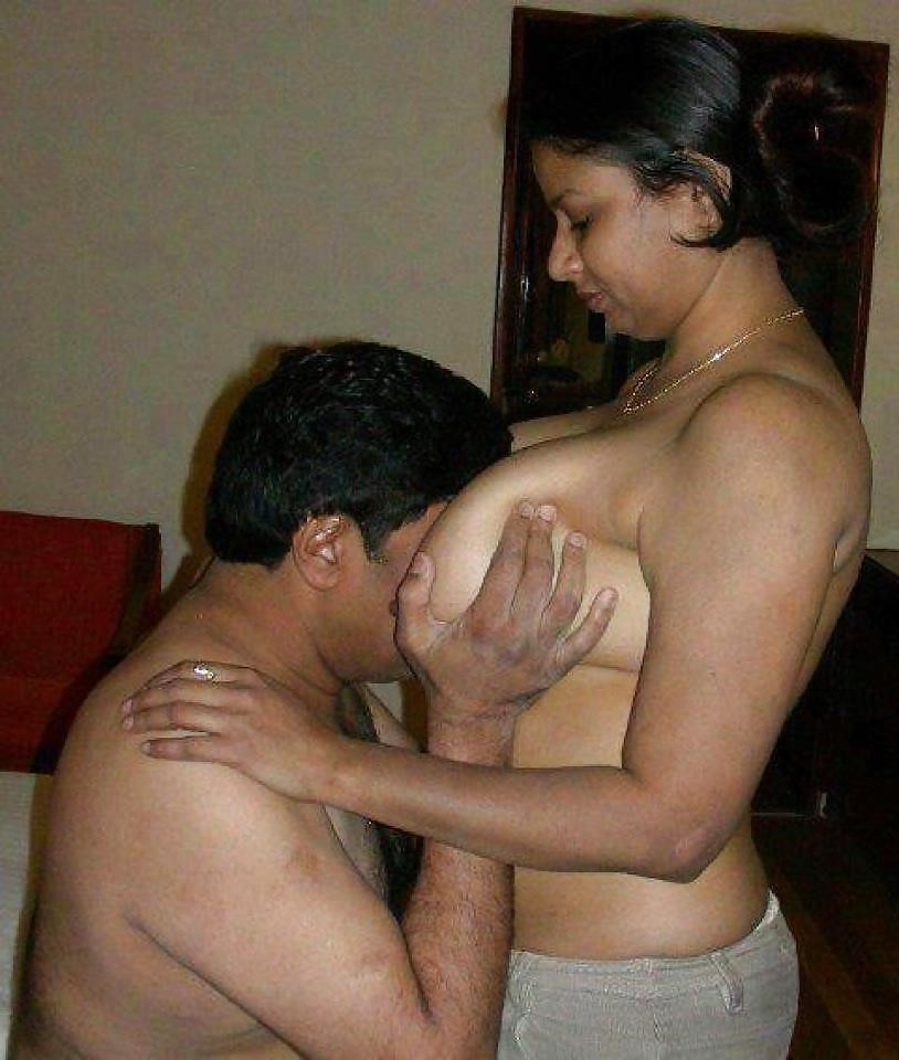 Hot tamil aunty in bed-6977