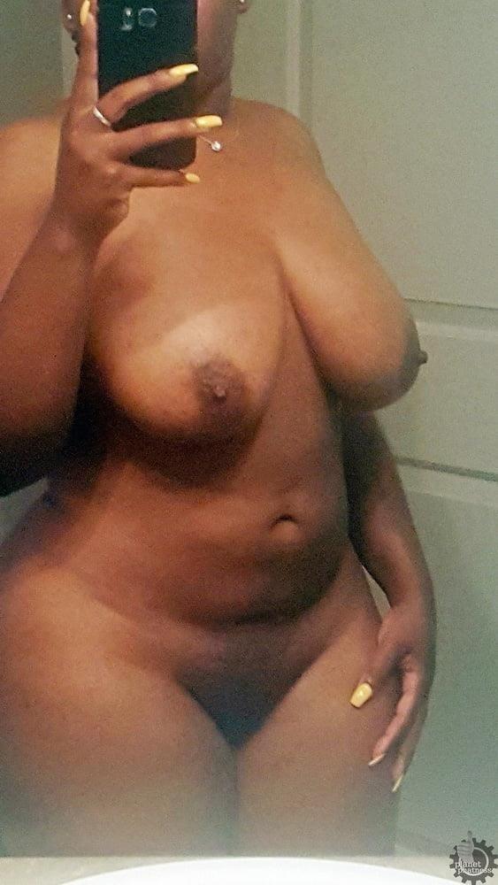 Ebony naked selfie-5966