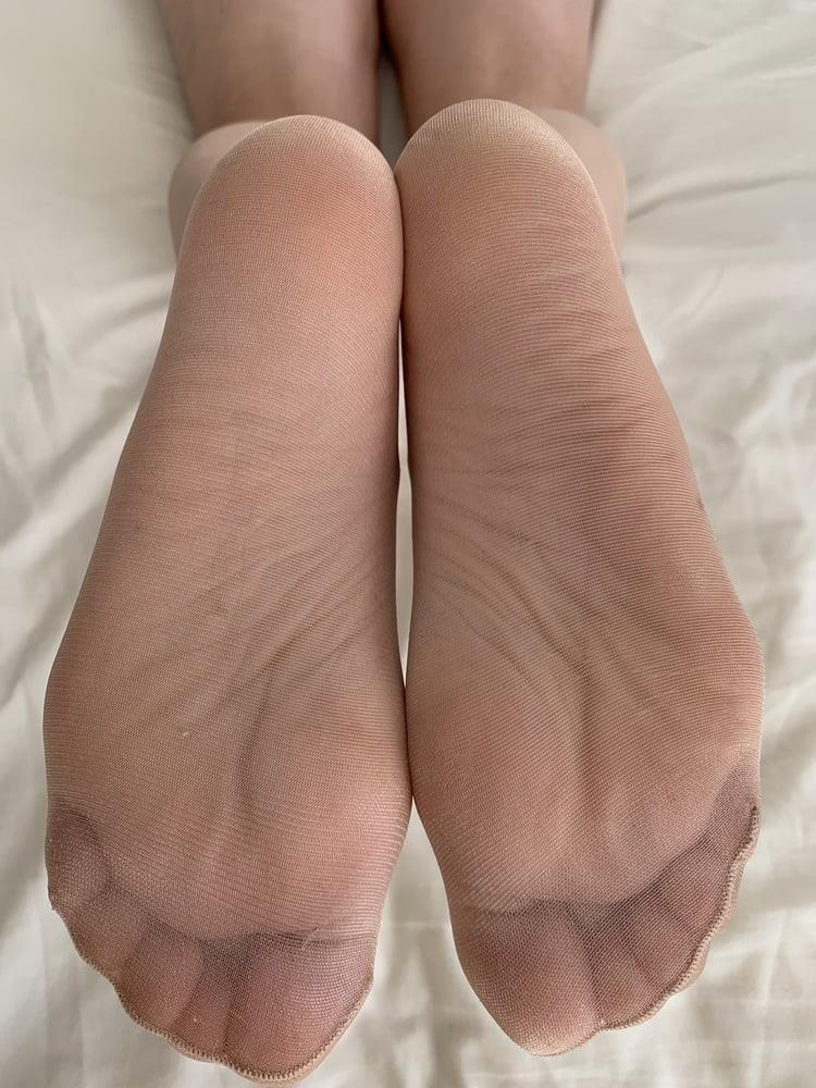 Female feet bondage-7254
