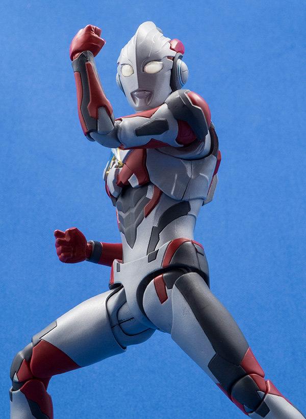 Ultraman (S.H. Figuarts / Bandai) - Page 6 6woH95nj_o