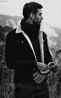 Oliver Jackson-Cohen Hq2wUMSg_o