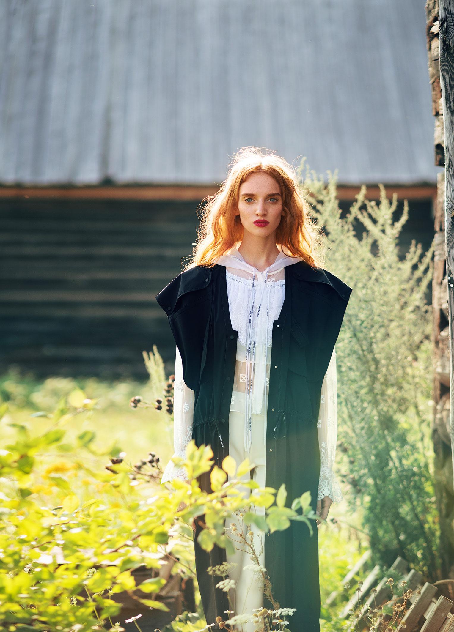 Модные наряды в деревенских интерьерах / фото 03