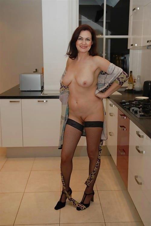 Mature amateur lingerie pics-5236