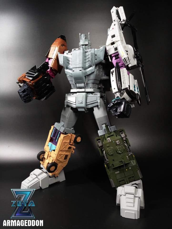 [Zeta Toys] Produit Tiers - Armageddon (ZA-01 à ZA-05) - ZA-06 Bruticon - ZA-07 Bruticon ― aka Bruticus (Studio OX, couleurs G1, métallique) - Page 4 Auvgqj0Z_o