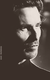 Christian Bale - Page 2 AeZ57YbG_o
