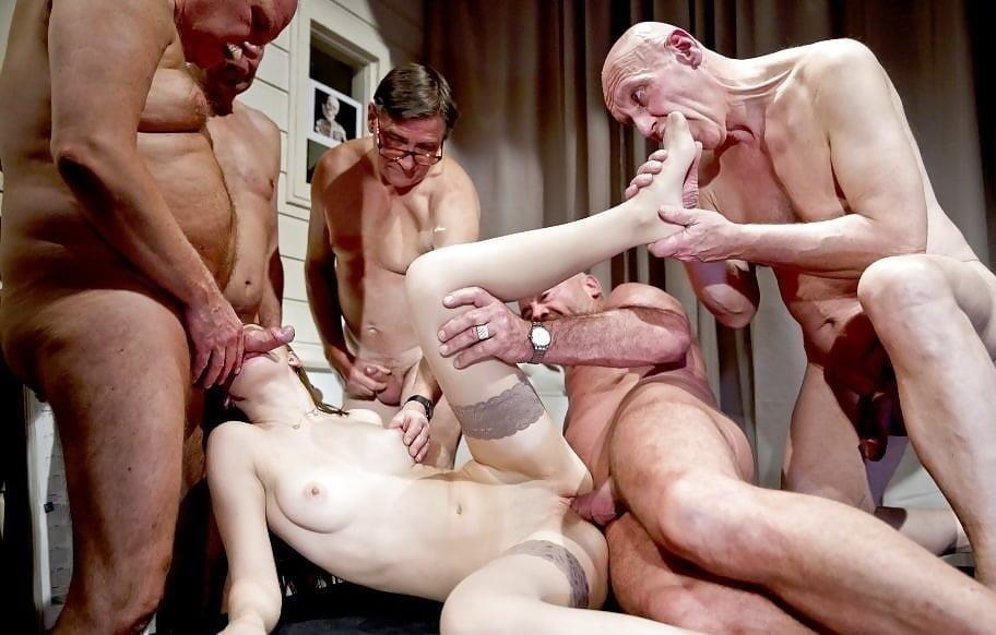Bisexual men orgy-6514
