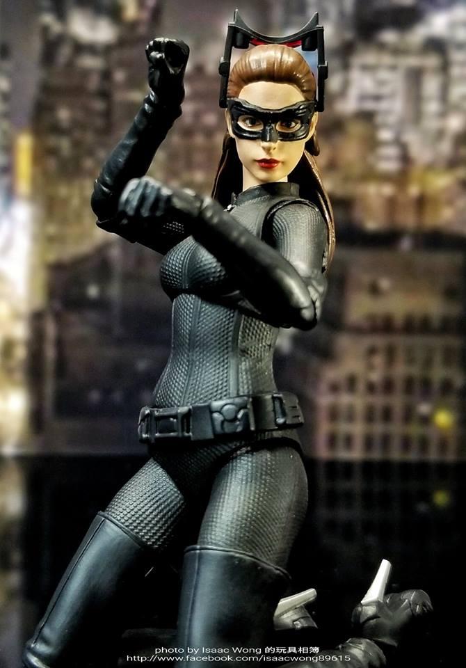 Catwoman - Batman The Dark Knigh rises - SH Figuarts (Bandai) HuVWtq43_o