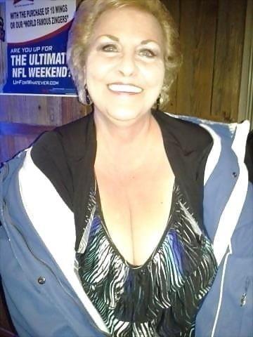 Busty granny porn pics-2566