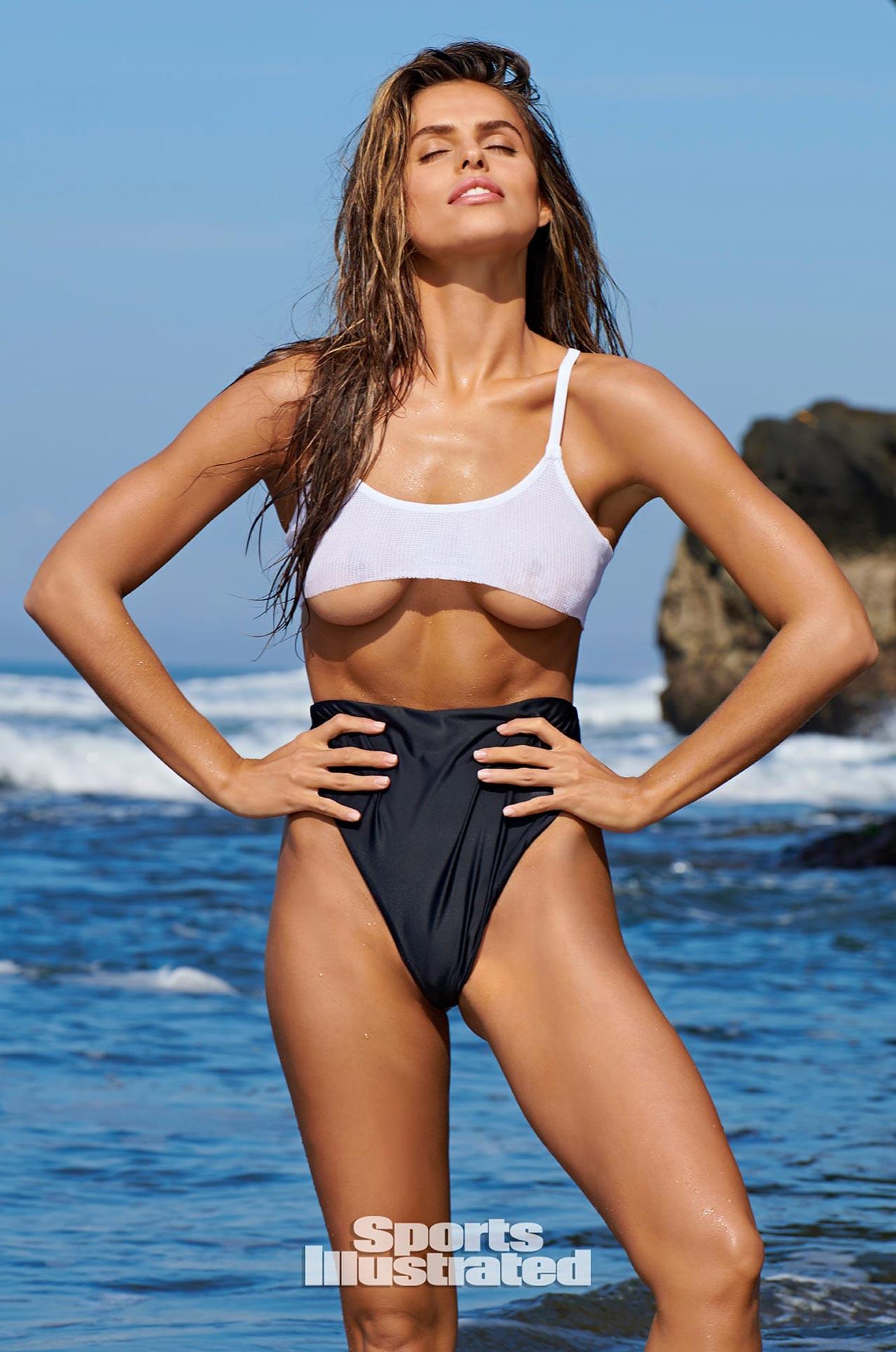Брукс Надер в каталоге купальников Sports Illustrated Swimsuit 2020 / фото 20