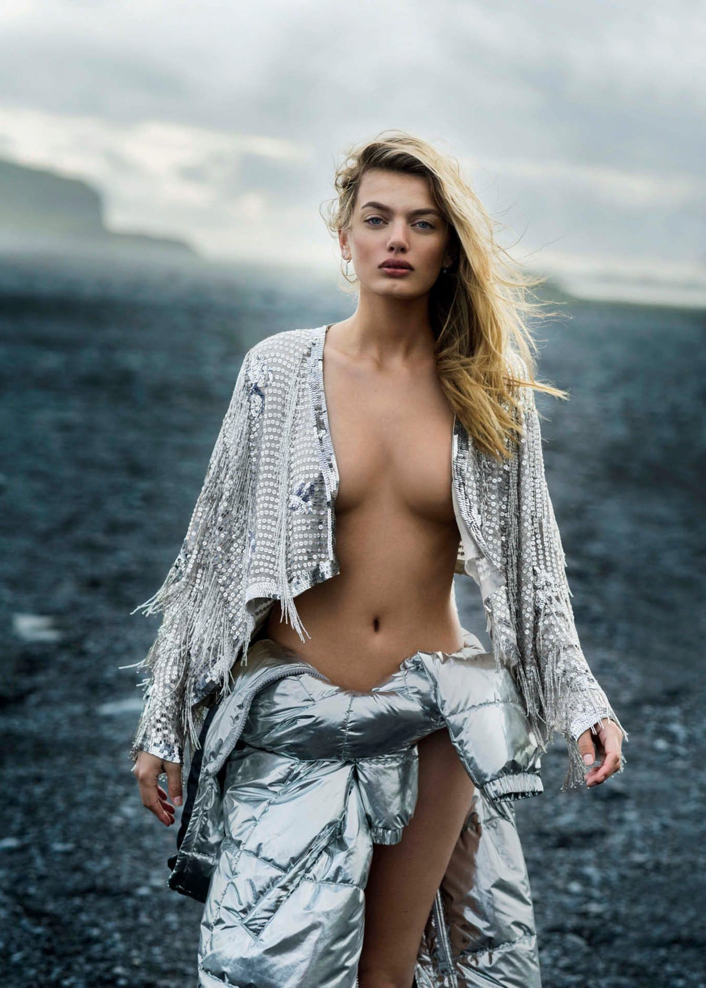 Hollands Sexiest Woman - Bregje Heinen by Gilles Bensimon - Maxim US september 2017