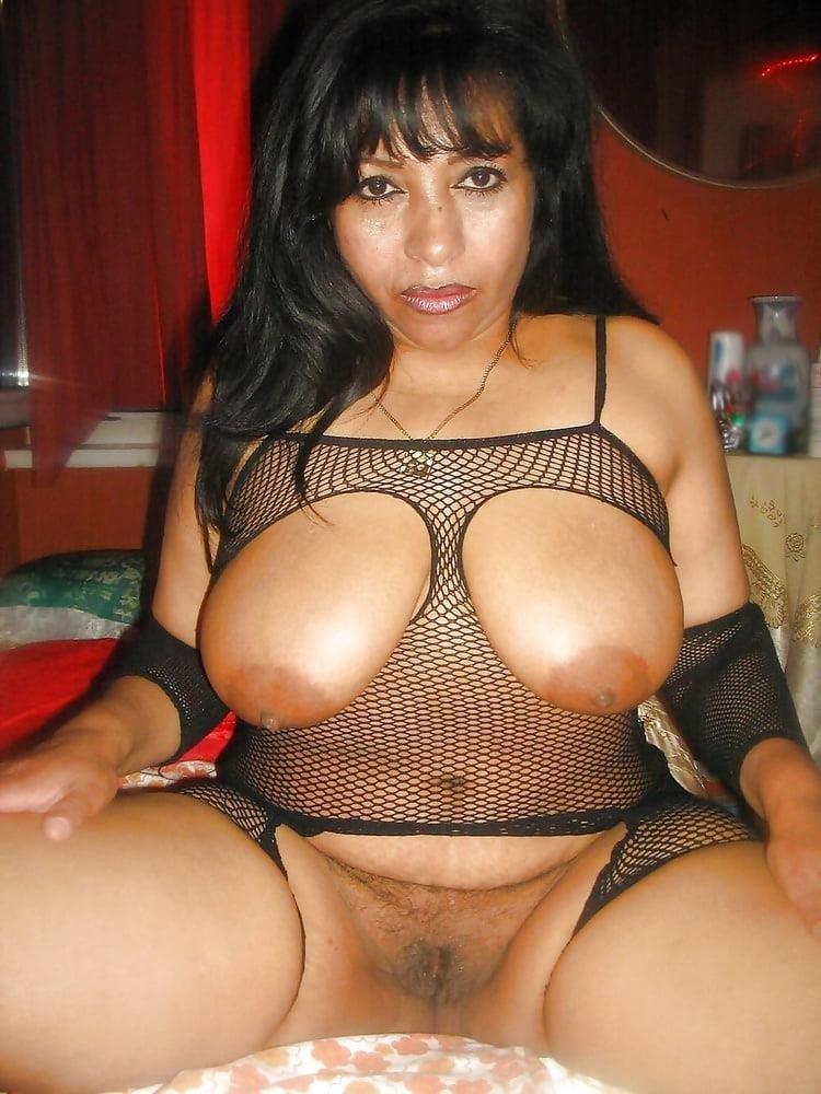 Hairy latina milf pics-7647