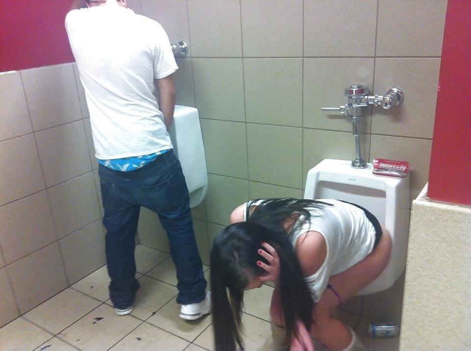 Men having sex in public toilets-8872
