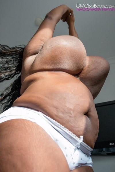 Jiggling boobs in public-8671
