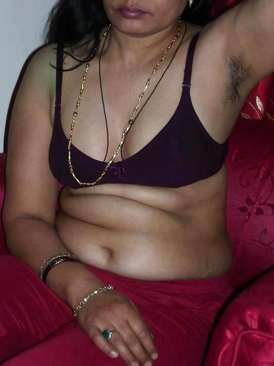 Hot tamil aunty in bed-4891